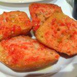 Pan tostado con tomate